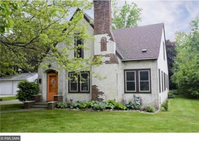 Photo of 1043 N Mary Street, Maplewood, MN 55119