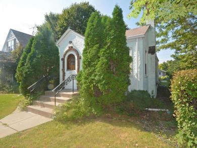 303 Warwick Street, Saint Paul, MN 55105
