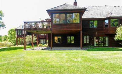 Photo of 10970 N 56th Avenue, Plymouth, MN 55442