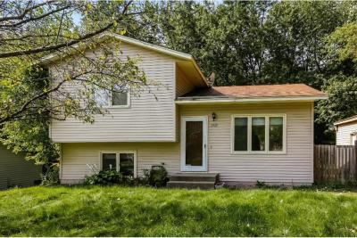 Photo of 2569 Ruth Street, Little Canada, MN 55117