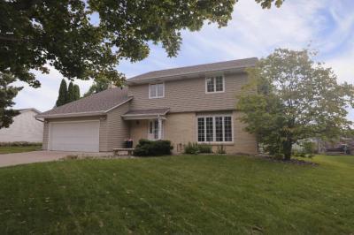 Photo of 7595 S Ivystone Avenue, Cottage Grove, MN 55016
