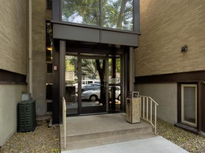 Photo of 4023 S 14th Avenue #2a, Minneapolis, MN 55407