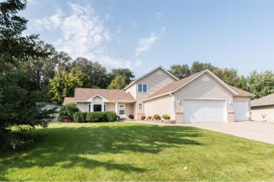 Photo of 6365 Bailey Trail, Inver Grove Heights, MN 55077