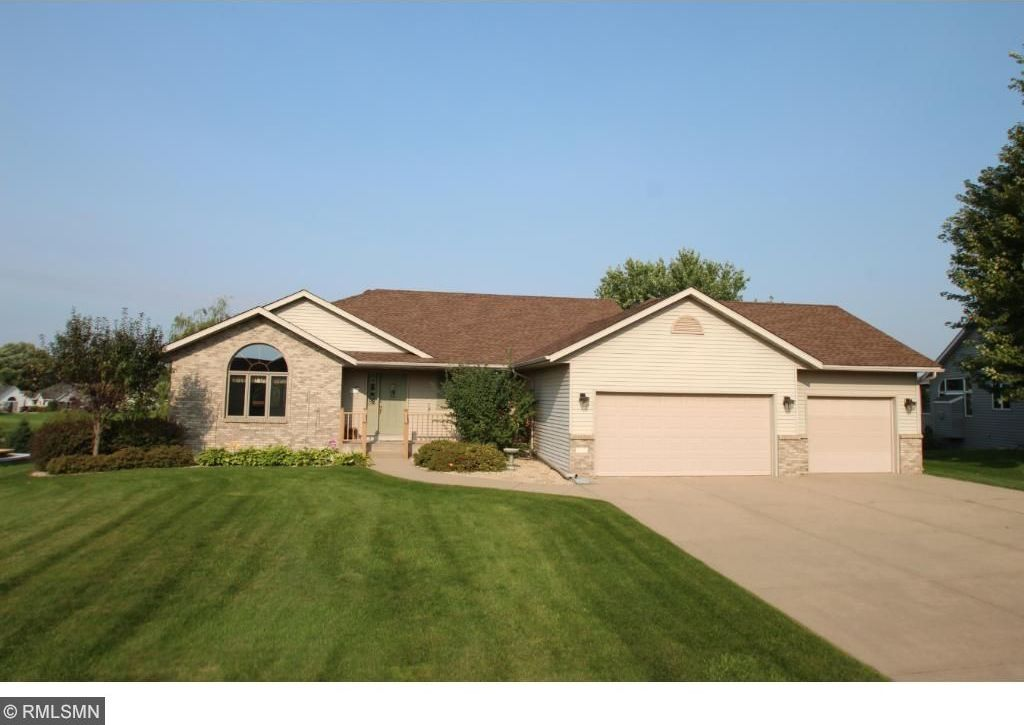 550 Hickory Street, Annandale, MN 55302