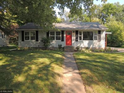 Photo of 907 SE 3rd Street, Forest Lake, MN 55025