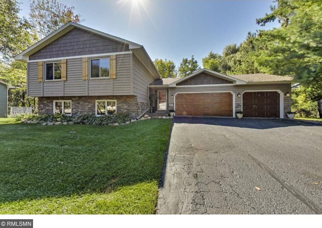 8460 W 169th Court, Lakeville, MN 55044