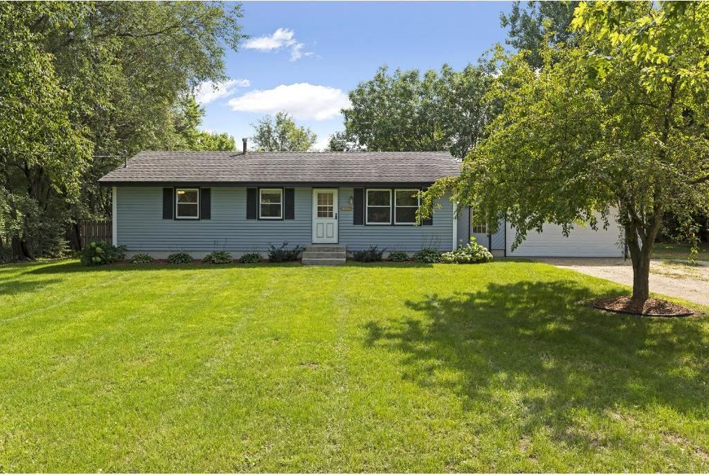 2308 NE 225th Avenue, East Bethel, MN 55005