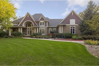 Photo of 23372 Woodland Ridge Drive, Lakeville, MN 55044