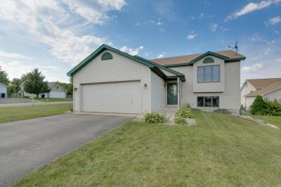 Photo of 1802 Faribault Court, Shakopee, MN 55379