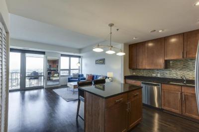 Photo of 929 Portland Avenue #1807, Minneapolis, MN 55404