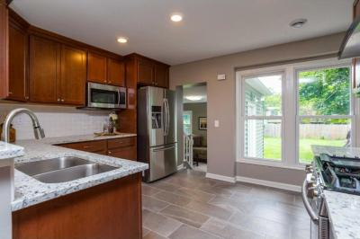 Photo of 3235 N Noble Avenue, Golden Valley, MN 55422