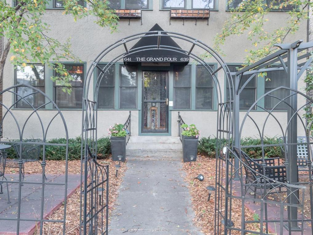 641 Grand Avenue #2, Saint Paul, MN 55105