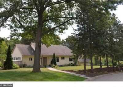 Photo of 9449 Creek Knoll Road, Eden Prairie, MN 55347