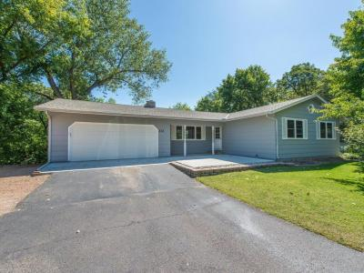 Photo of 321 E 7th Street, Carver, MN 55315
