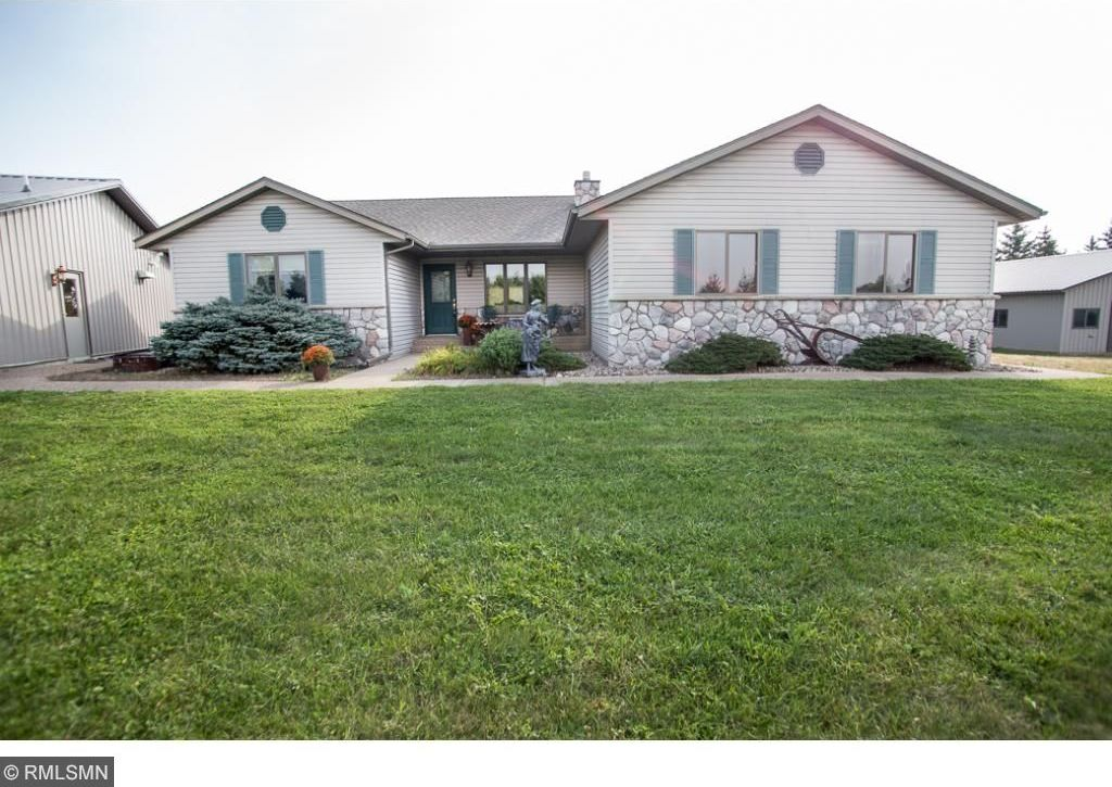 9656 NW 105th Street, Annandale, MN 55302