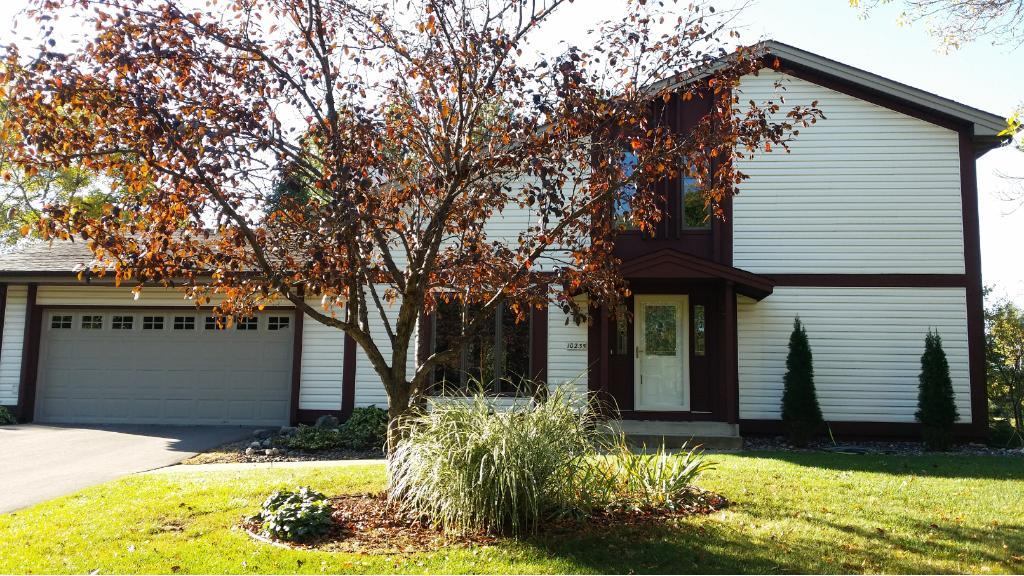 10235 N 32nd Avenue, Plymouth, MN 55441