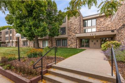 Photo of 450 Ford Road #119, Saint Louis Park, MN 55426