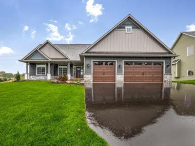 Photo of 3945 E 87th Street, Inver Grove Heights, MN 55076