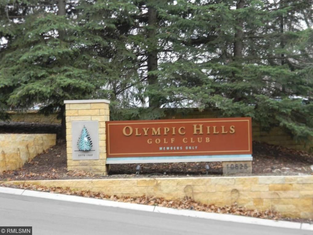 9481 Olympia Drive, Eden Prairie, MN 55347