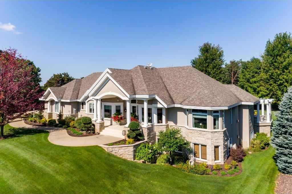 11433 Kingsborough Trail, Cottage Grove, MN 55016
