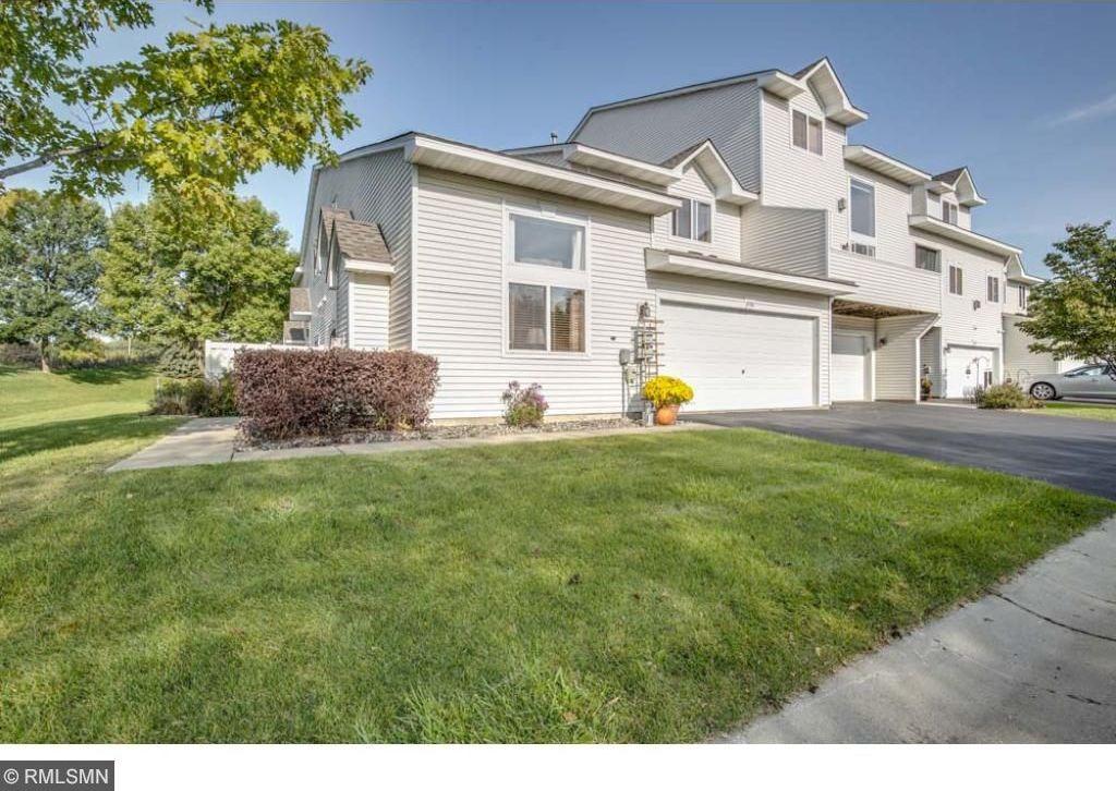 8980 Sawgrass Glen, Maple Grove, MN 55311