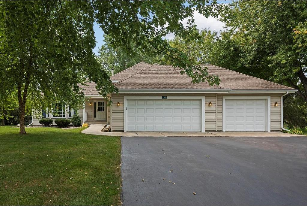 205 N Forestview Lane, Plymouth, MN 55441