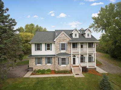 Photo of 1451 W County Road I, Shoreview, MN 55126