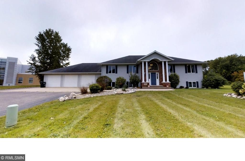 1809 SW 19th Avenue, Willmar, MN 56201