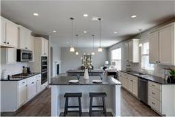 18940 Huntley Trail, Lakeville, MN 55044