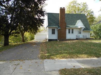 608 S 3rd Street, Waterville, MN 56096