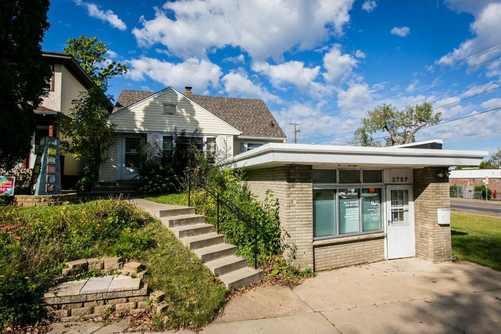 3755 N Fremont Avenue, Minneapolis, MN 55412