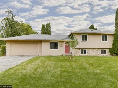 Photo of 16634 W Flagstaff Avenue, Lakeville, MN 55068