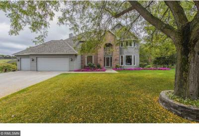 Photo of 1628 Hawk Place, Eagan, MN 55122