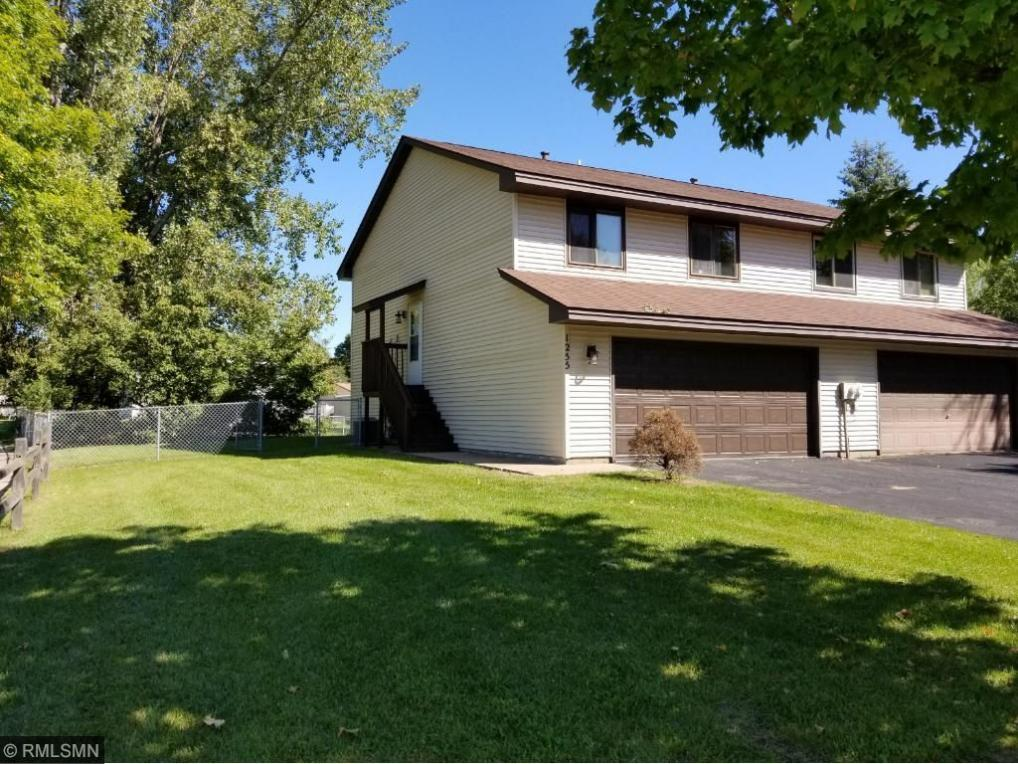 1255 NW 106th Lane, Coon Rapids, MN 55433
