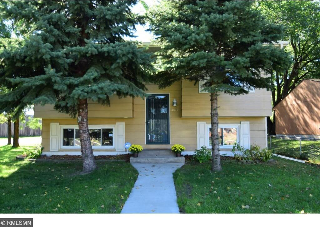 2070 Hillview Road, Mounds View, MN 55112