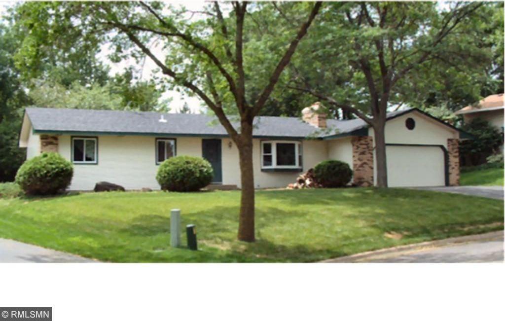 1501 Chateaulin Lane, Burnsville, MN 55337