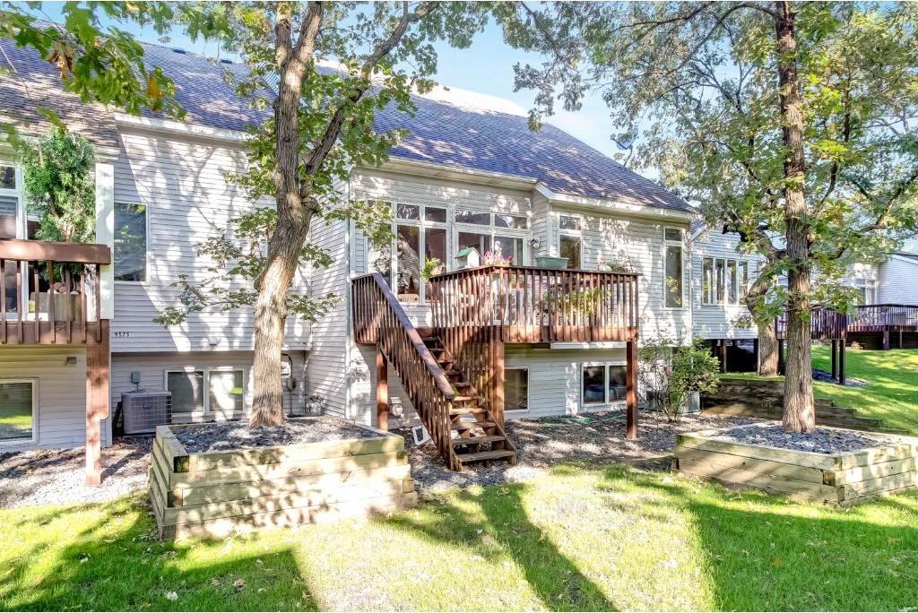 9583 NW Juniper Street, Coon Rapids, MN 55433
