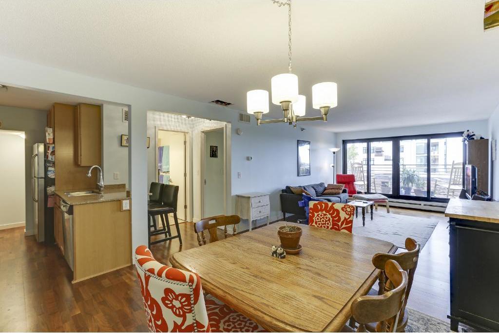 48 Groveland Terrace #B309, Minneapolis, MN 55403