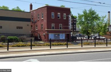 2144 W University Avenue, Saint Paul, MN 55114