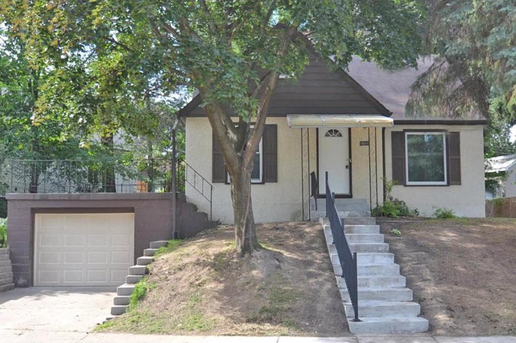1834 Chelton Avenue, Saint Paul, MN 55104