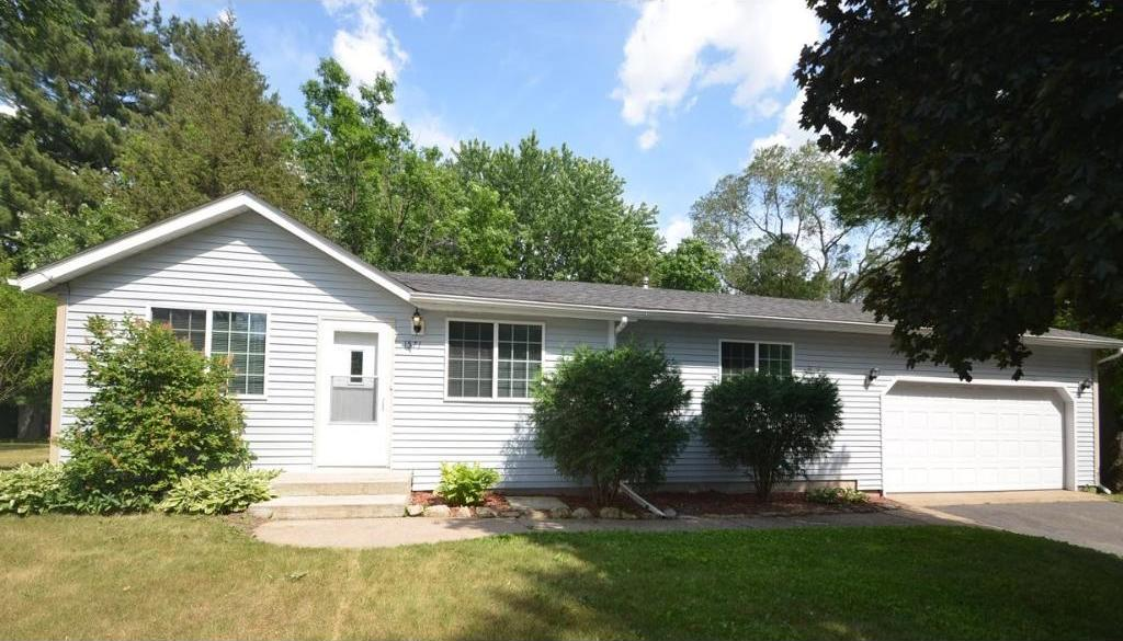 1571 Racine Avenue, Lakeland, MN 55043
