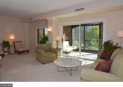 Photo of 1235 Yale Place #608, Minneapolis, MN 55403