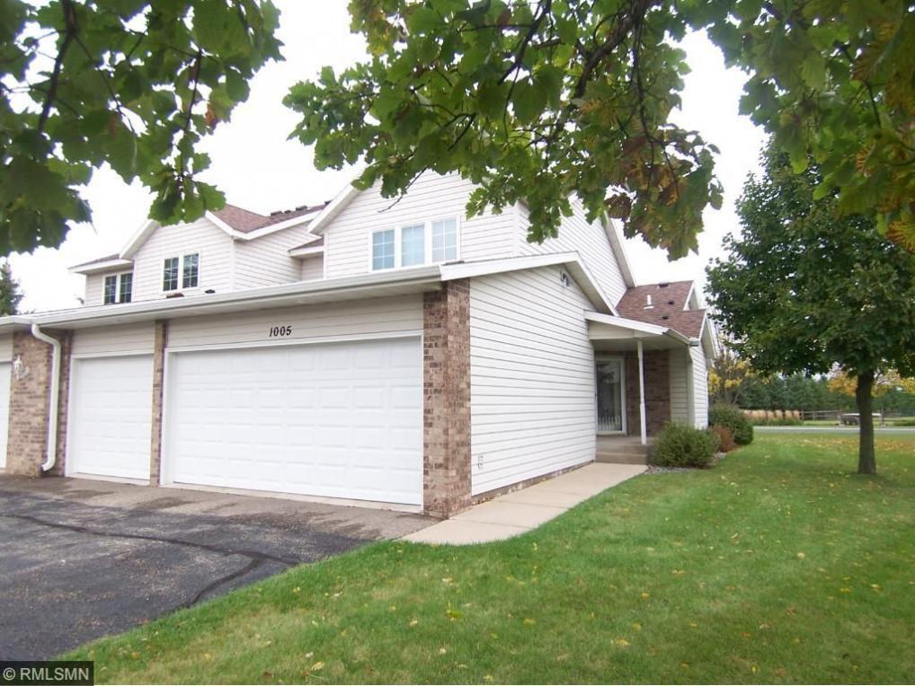 1005 SW Prairie View Drive, Hutchinson, MN 55350