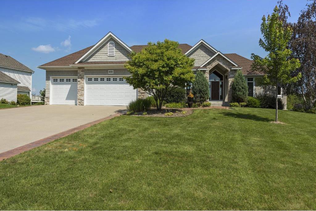 8530 Kelzer Pond Drive, Victoria, MN 55386
