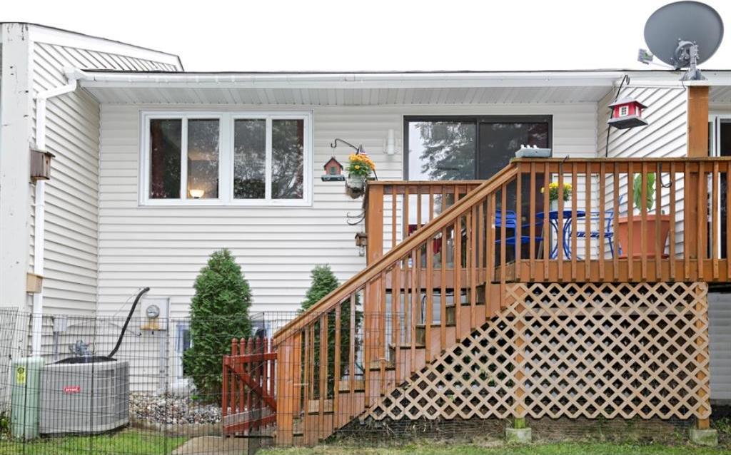 8763 Ironwood Avenue, Cottage Grove, MN 55016