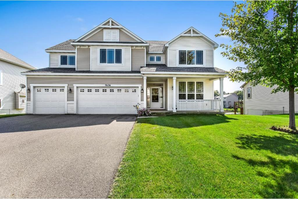 7636 Oakridge Trail, Shakopee, MN 55379