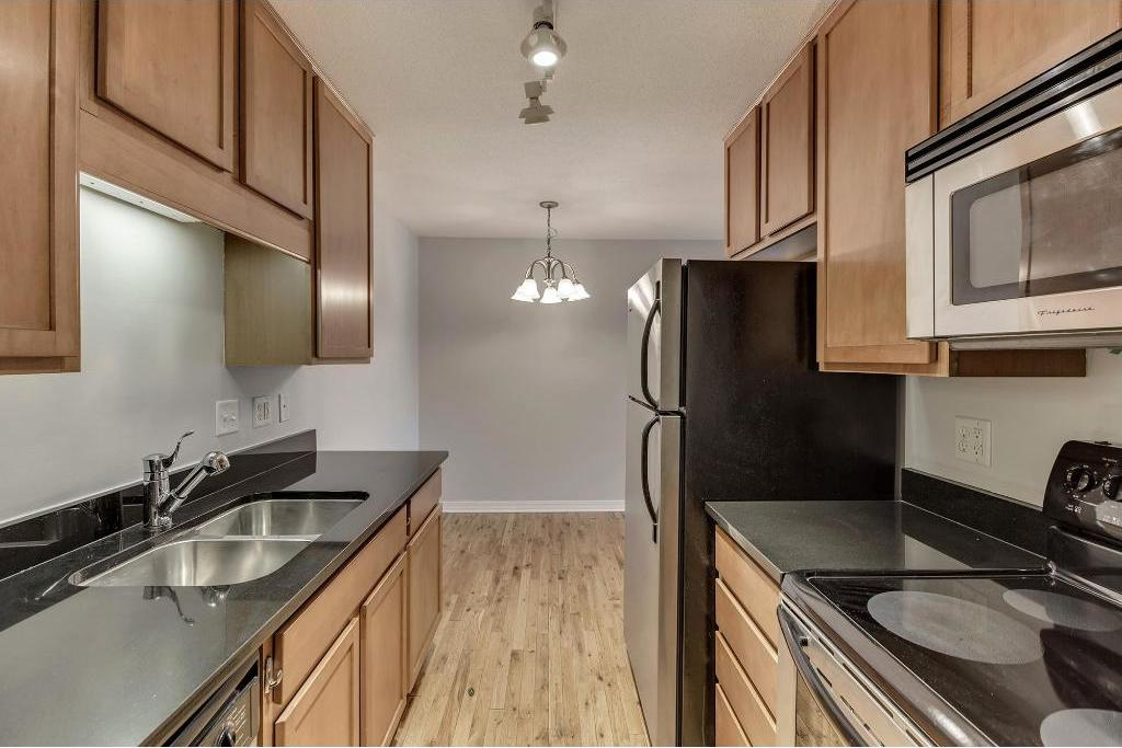 3150 Excelsior Boulevard #214, Minneapolis, MN 55416