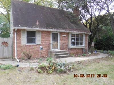 Photo of 2604 E Brookview Drive, Maplewood, MN 55119