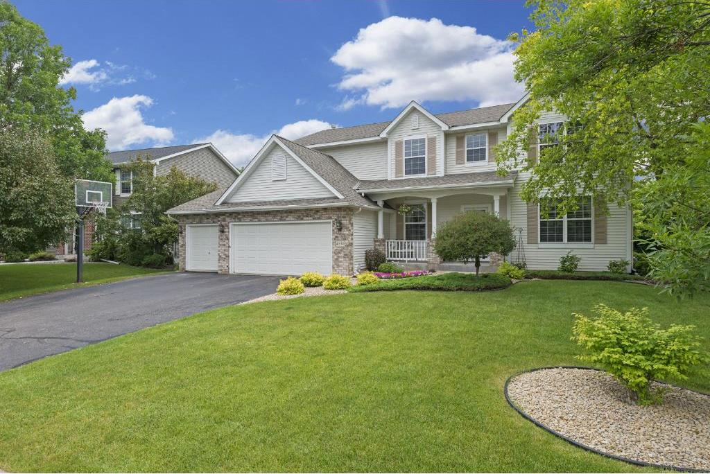 4550 N Queensland Lane, Plymouth, MN 55446