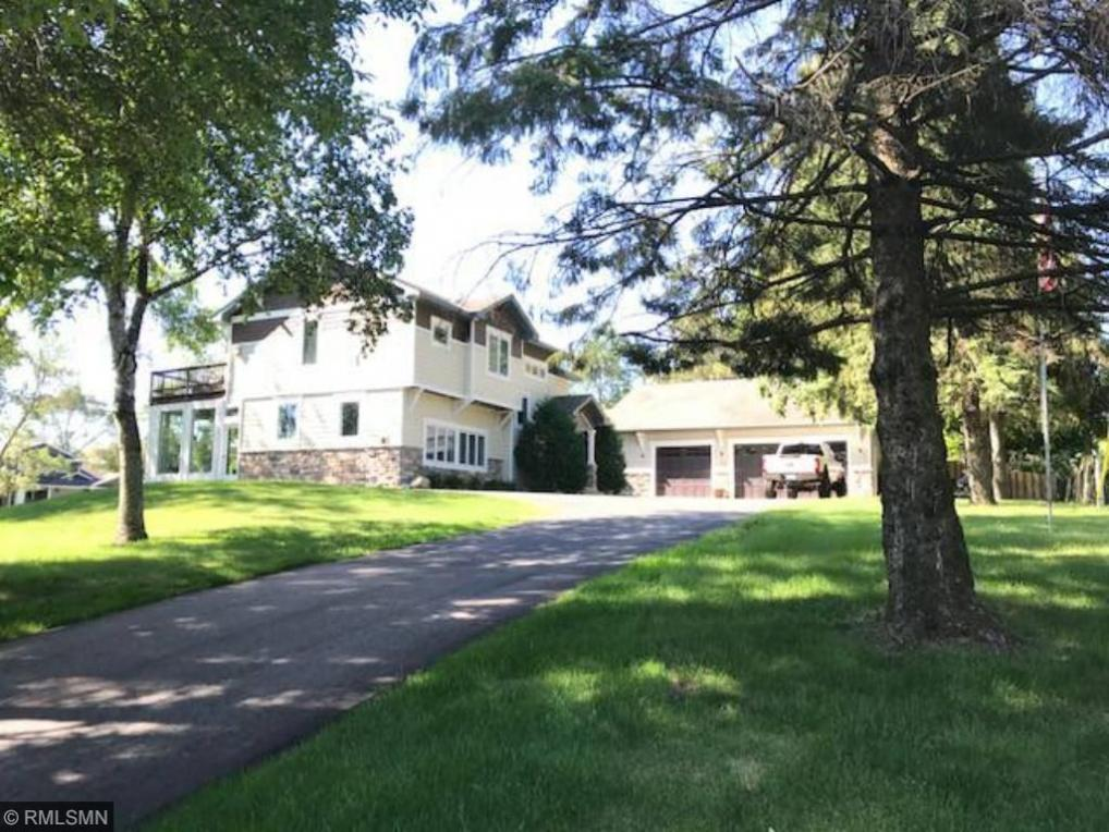 190 Gleason Lake Road, Wayzata, MN 55391